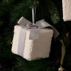 Cosy Christmas Present Ornament M